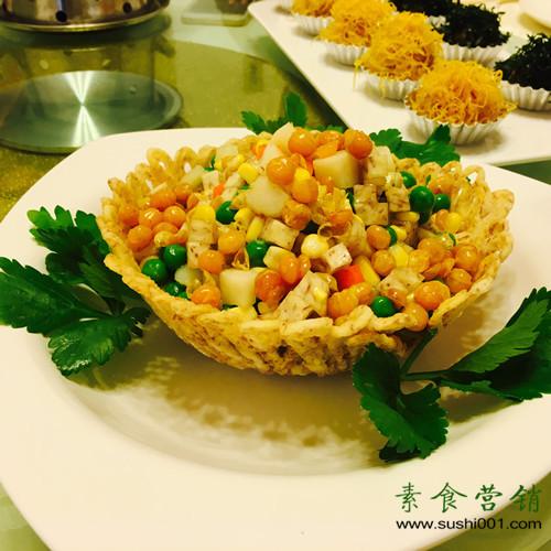 素食学校菜谱:雀巢鸡丁