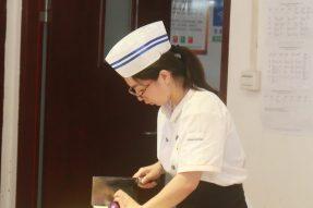 【素食培训】素食厨师,论基本功的重要性。第二期初级素食厨艺师培训班基本功考核回顾