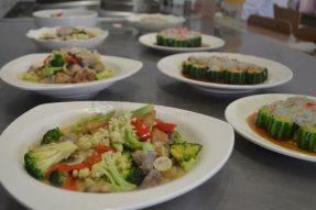 金字塔式素食食谱(素食学校的素食厨师必备、素食培训、素食连锁、素食菜谱也必备)