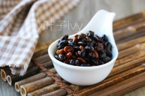补肾的小黑豆,10种做法总有一款你喜欢!