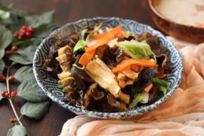 【健康养生素食菜谱】腐竹木耳炒白菜