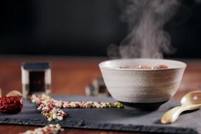 【素食养生】秋天一碗汤,不用医生帮!秋天喝汤三大补你知道吗?