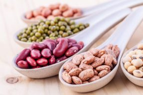 【素食养生菜谱】夏至饮食指南:白绿红豆汤,清热化湿