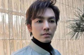 【素食名人】钟汉良在餐厅被偶遇,46岁状态依旧年轻,仅吃素食引热议